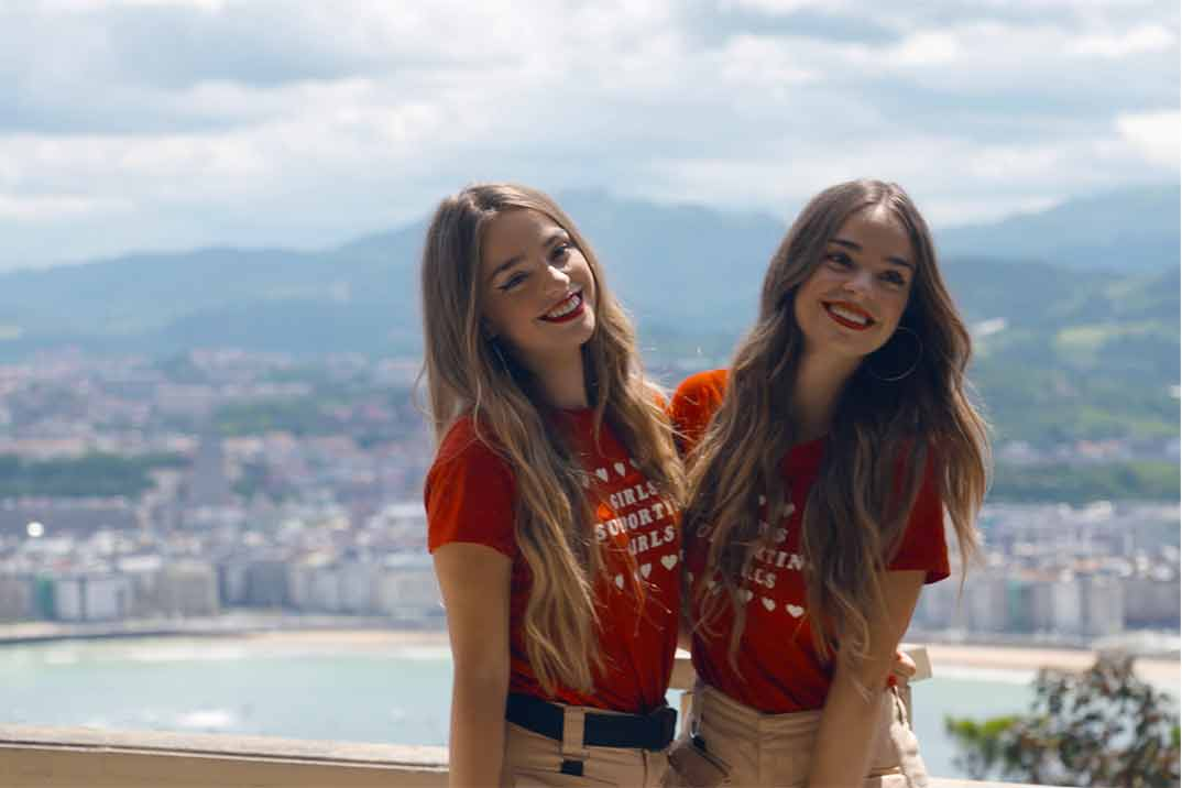 Las Twin Melody, reinas del TikTok, en 'Viajeros Cuatro'