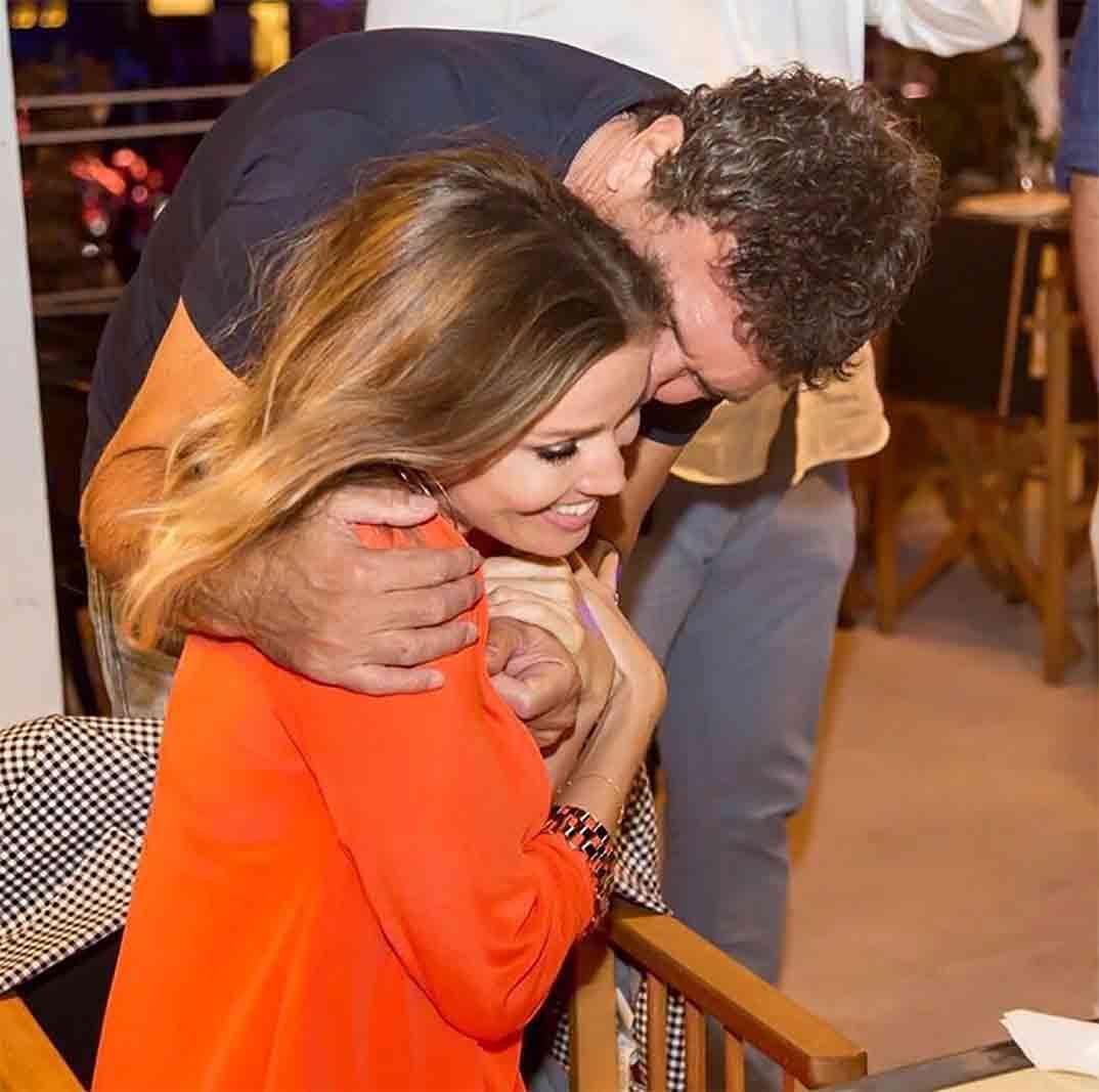 Antonio Banderas y Nicole Kimpel © Instagram
