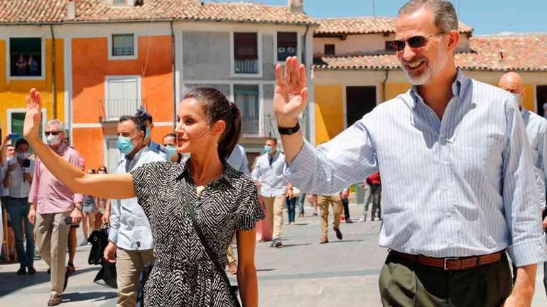 Reyes Felipe y Letizia - Cuenca © Casa S.M. El Rey