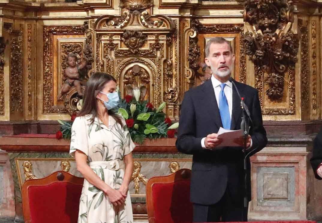 Reyes Felipe y Letizia -Santiago de Compostela © Casa S.M. El Rey
