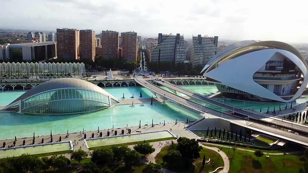 Viajeros Cuatro- Valencia - Mediaset