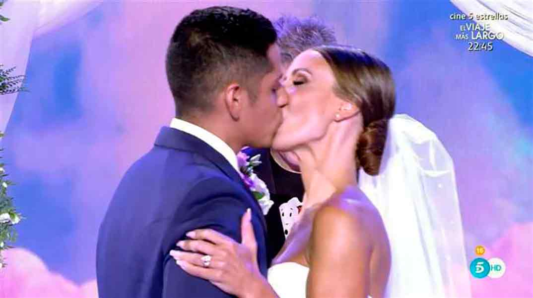 Fani y Christofer boda - Sálvame © Telecinco