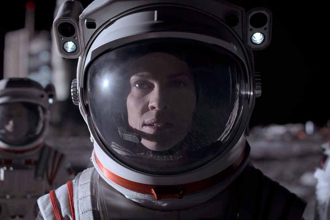'Away' – Primer trailer de la serie protagonizada por Hilary Swank