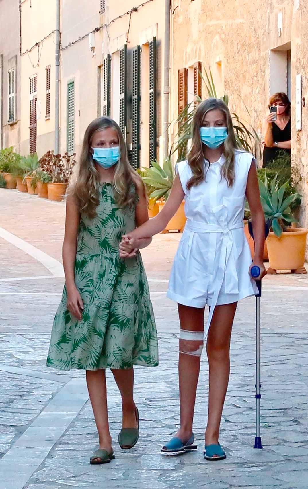 Princesa Leonor y la infanta Sofía - Petra - Palma de Mallorca © Casa S.M. El Rey