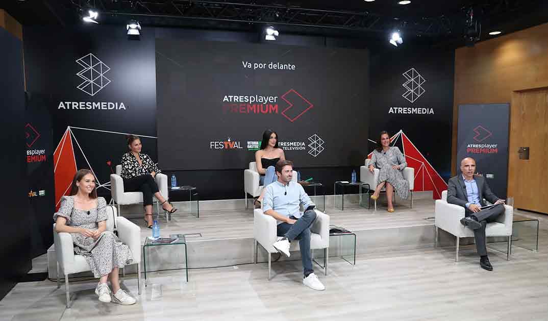 Jedet, Ana Milán, Andrea Duro , Paula Usero además de Jose Antonio Antón y Emilio Sánchez - Atresplayer PREMIUM © FesTVal