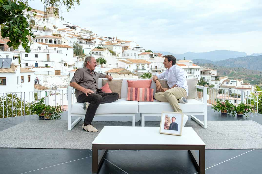 Bertín Osborne viaja a la Axarquía malagueña para entrevistar a Albert Rivera