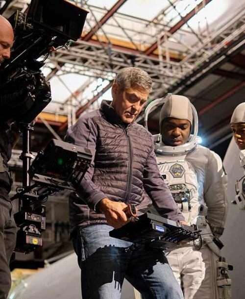 La impactante primera imagen de George Clooney en 'Cielo de medianoche'