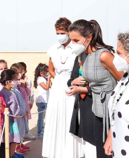 La reina Letizia inaugura el curso escolar mientras la princesa Leonor está en cuarentena