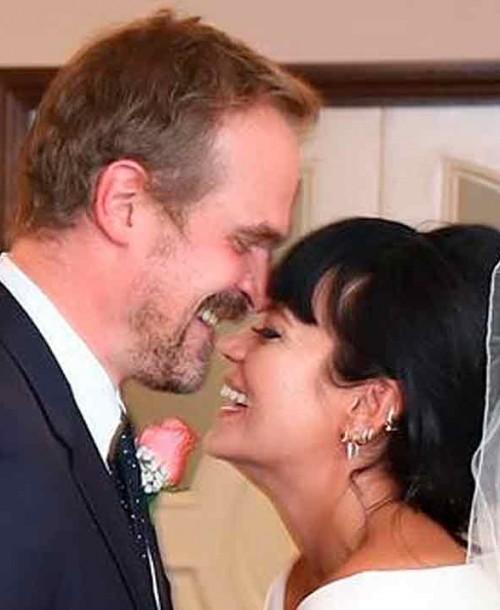 La divertida boda secreta en Las Vegas de Lily Allen y David Harbour