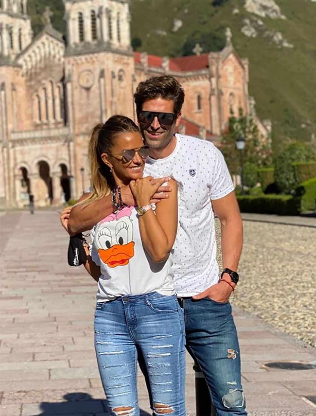 Marta López y Efrén Reyero © Instagram