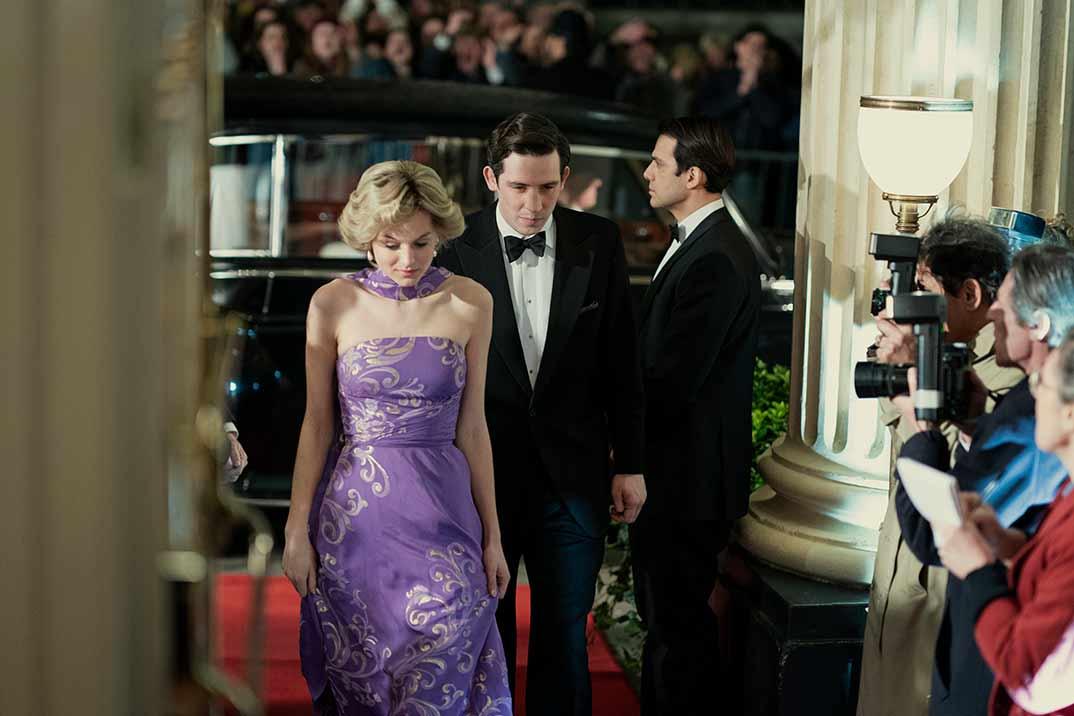 'The Crown', primeras imágenes con Emma Corrin como Lady Di