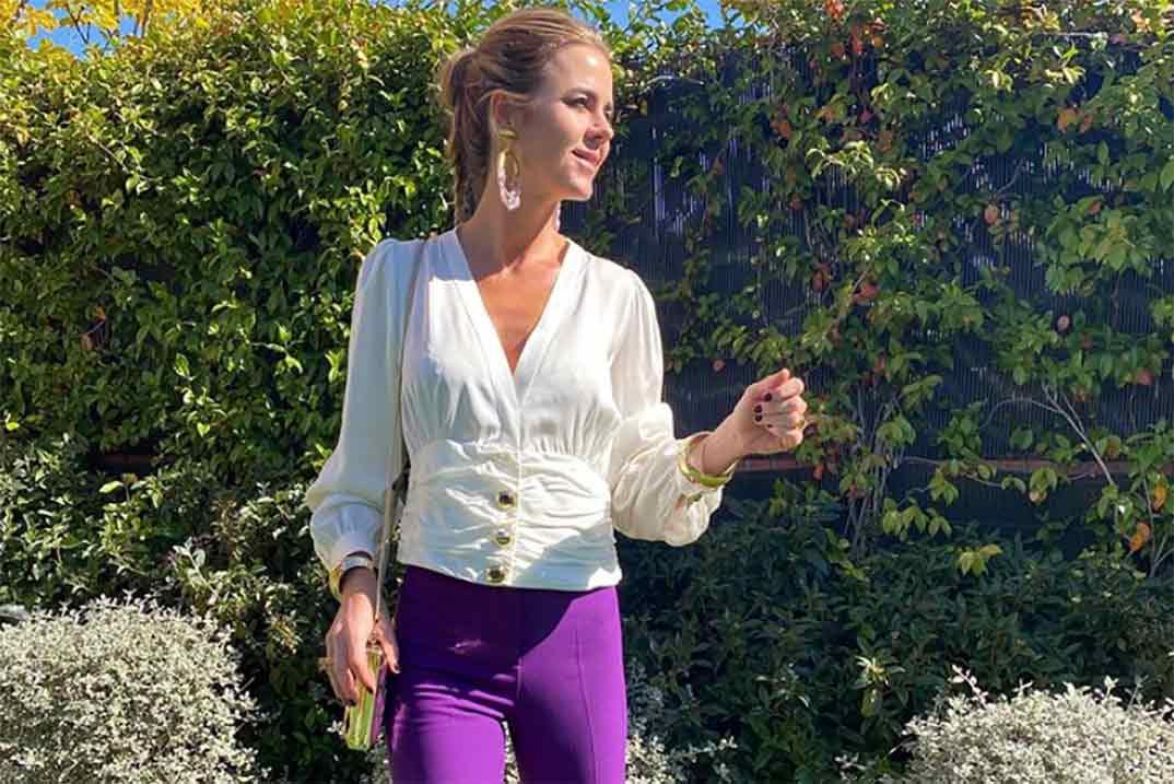 El look ideal de Amelia Bono en la comunión de su hijo Manu