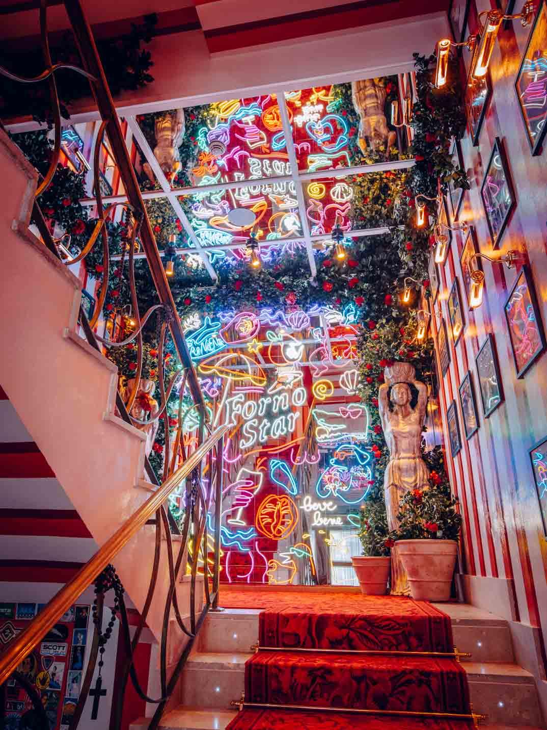 bel-mondo-escaleras