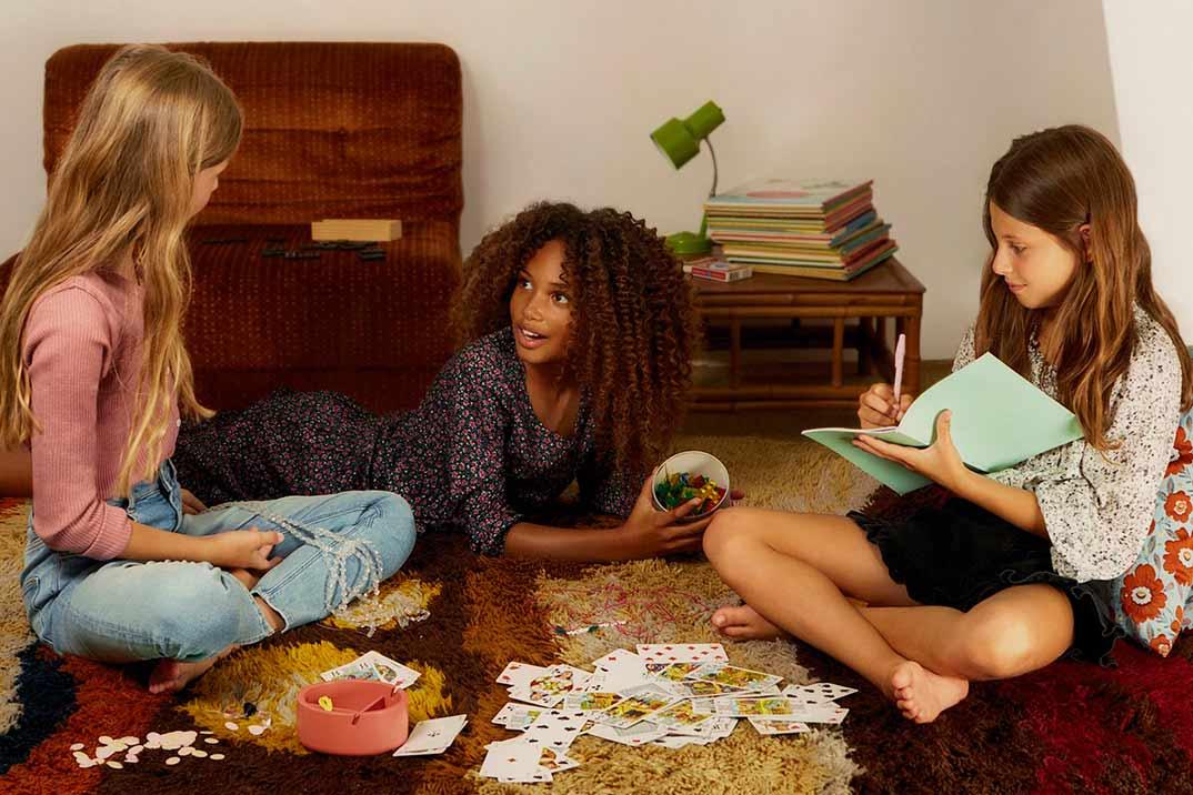 Mango lanza su primera colección para adolescentes