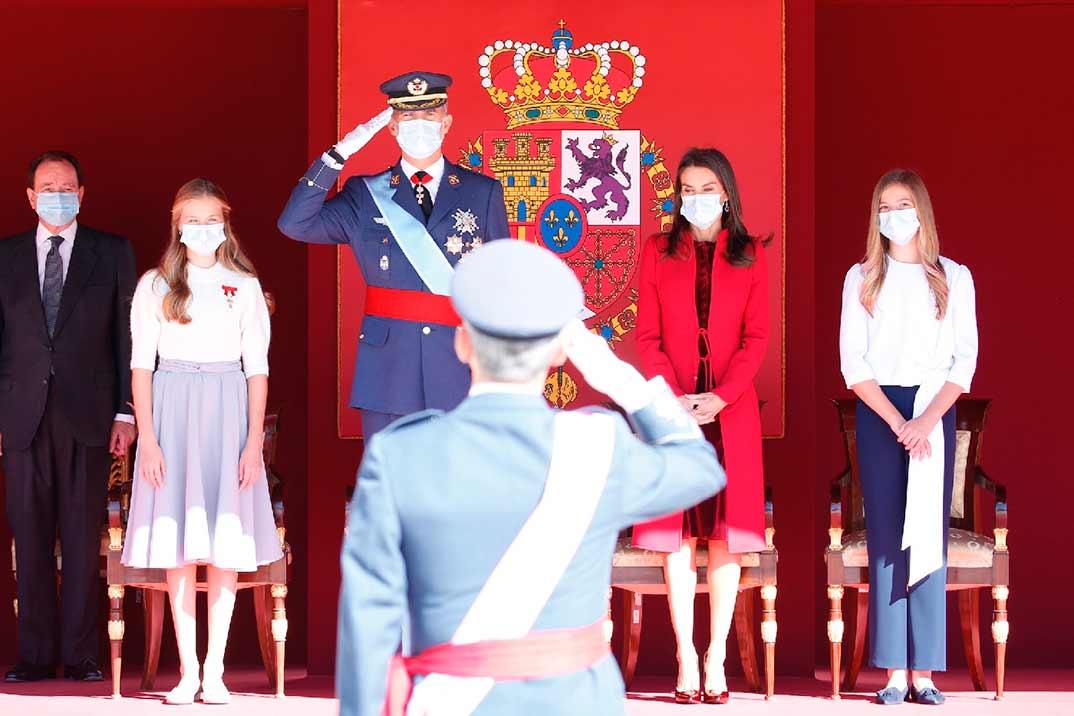 Los Reyes y sus hijas presiden el Día de la Fiesta Nacional marcado por la pandemia de COVID-19