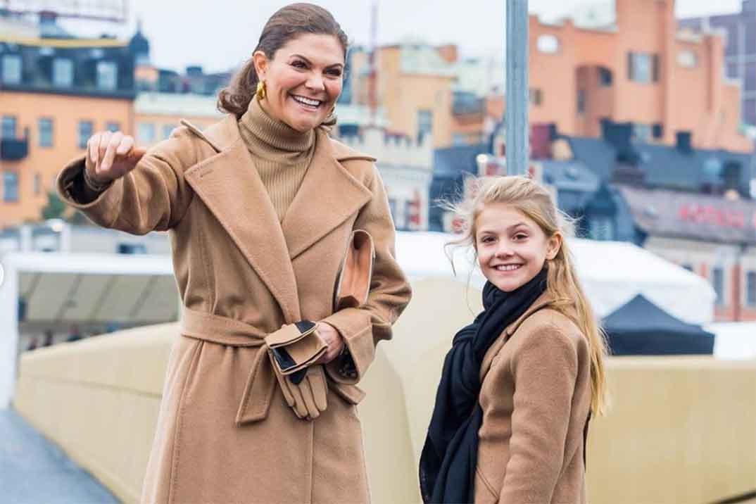 Victoria de Suecia y su hija Estela se visten a juego