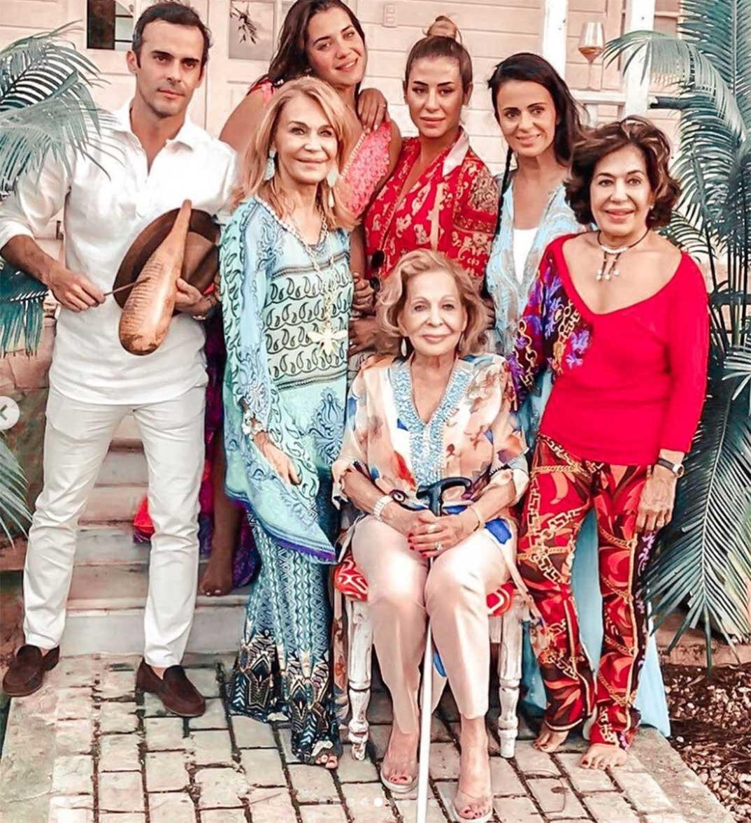 Elena Tablada con su familia © Instagram