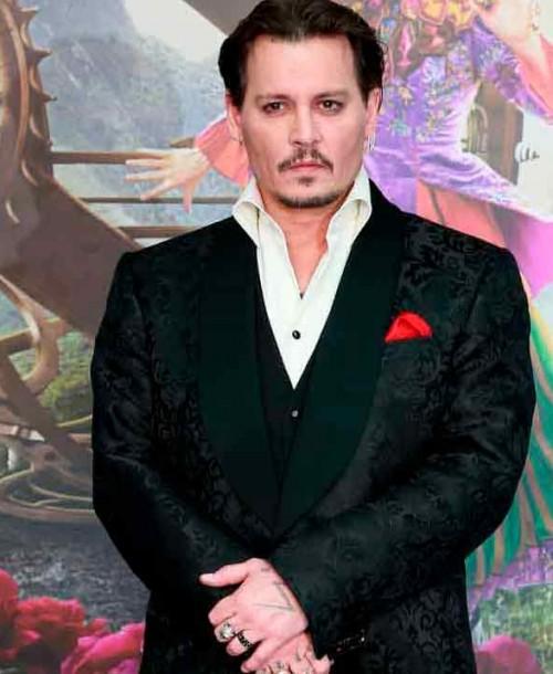 Johnny Depp podría volver a la gran pantalla en 2021 con Beetlejuice