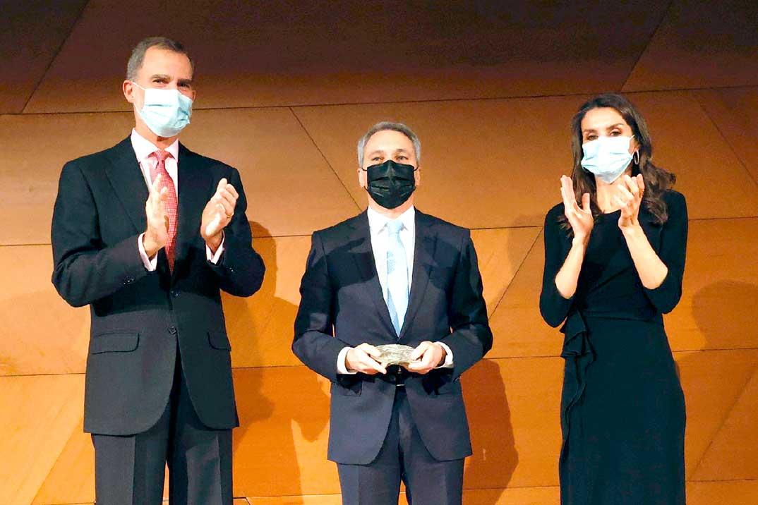 Los Reyes entregan el Premio de Periodismo Francisco Cerecedo