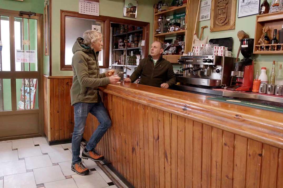 'Volando voy' se despide con el objetivo de reabrir un bar muy especial para Jesús Calleja