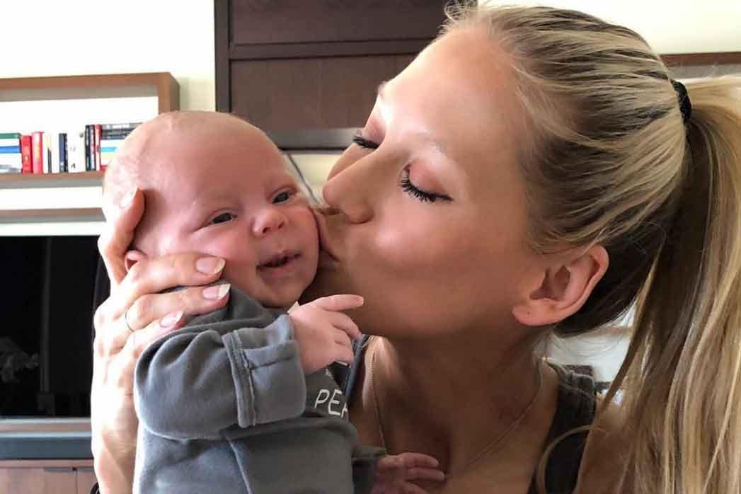 Anna Kournikova presume de sus mellizos en su tercer cumpleaños