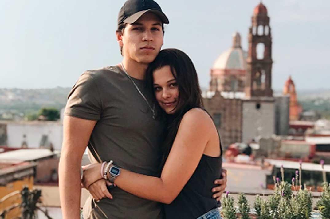 Manuela, hija de Alejandro Sanz, presume de novio