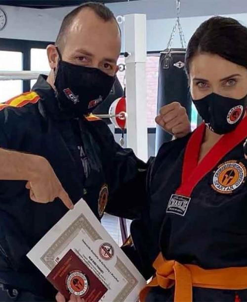 Pilar Rubio consigue el cinturón naranja de kick boxing