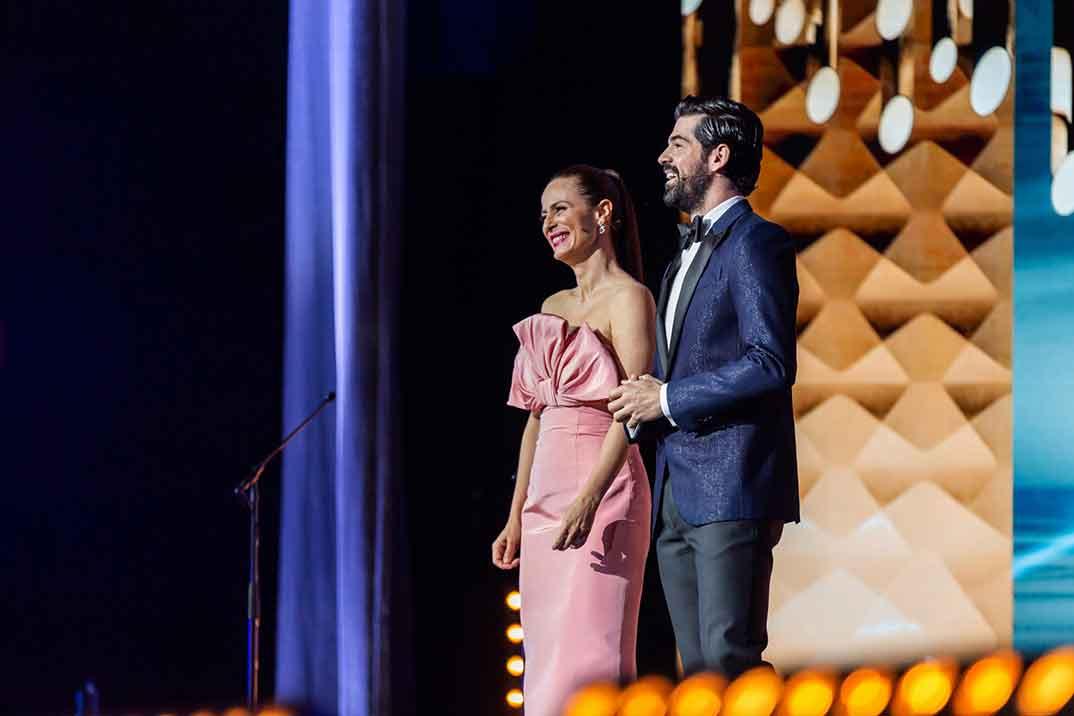 Aitana Sánchez Gijón y Miguel Ángel Muñoz - Premios Forqué © Redes Sociales