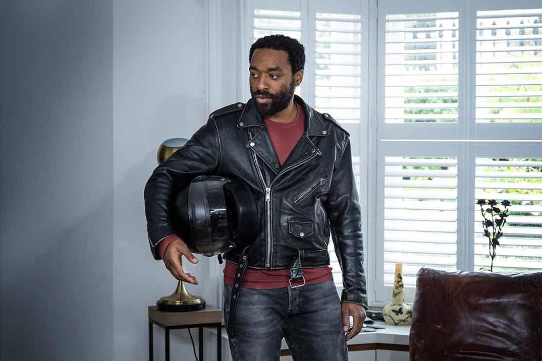 Chiwetel Ejiofor - Confinados © HBO España