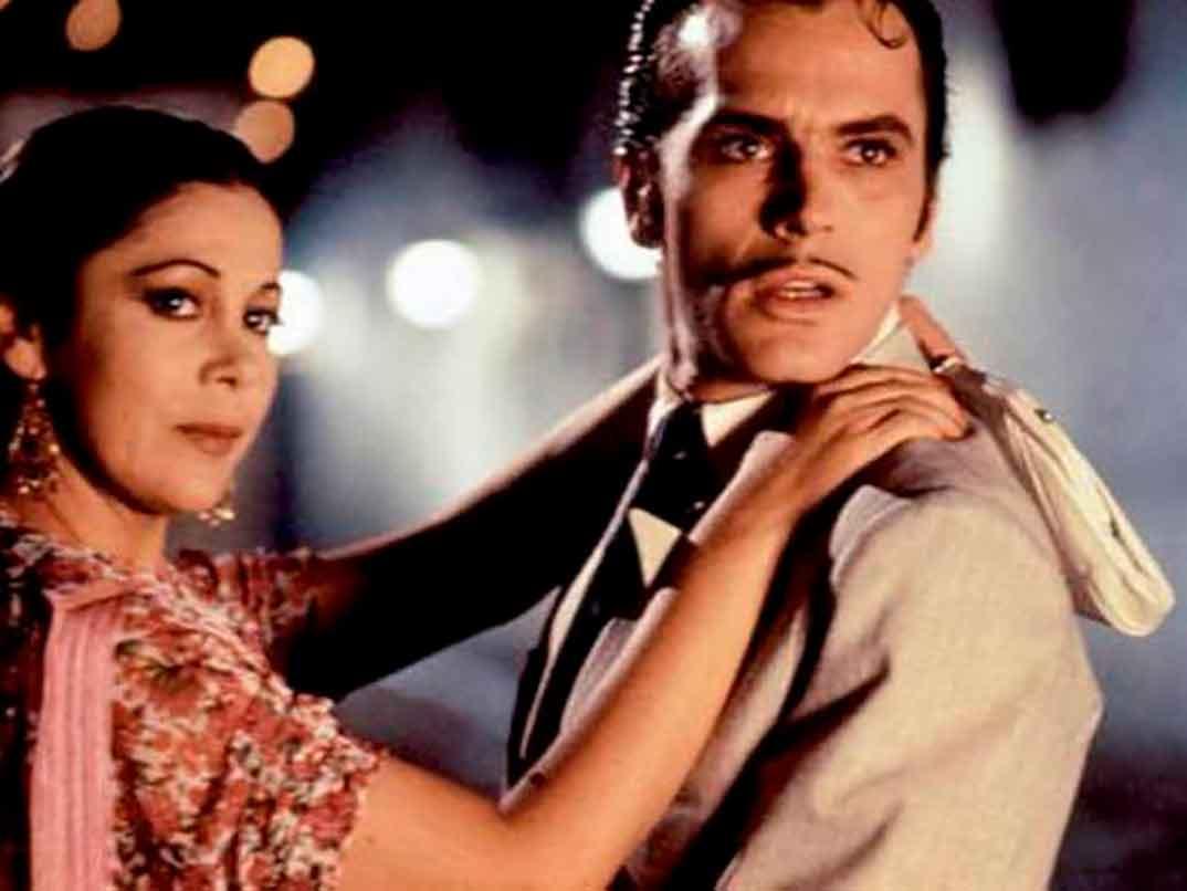Isabel Pantoja y José Coronado - Yo soy esa
