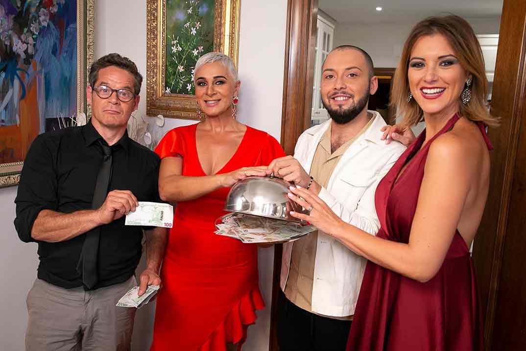 Jose Antonio Avilés, Ana María Aldón, María Jesús Ruíz, Jorge Sanz - Ven a cenar conmigo. Gourmet Edition © Telecinco