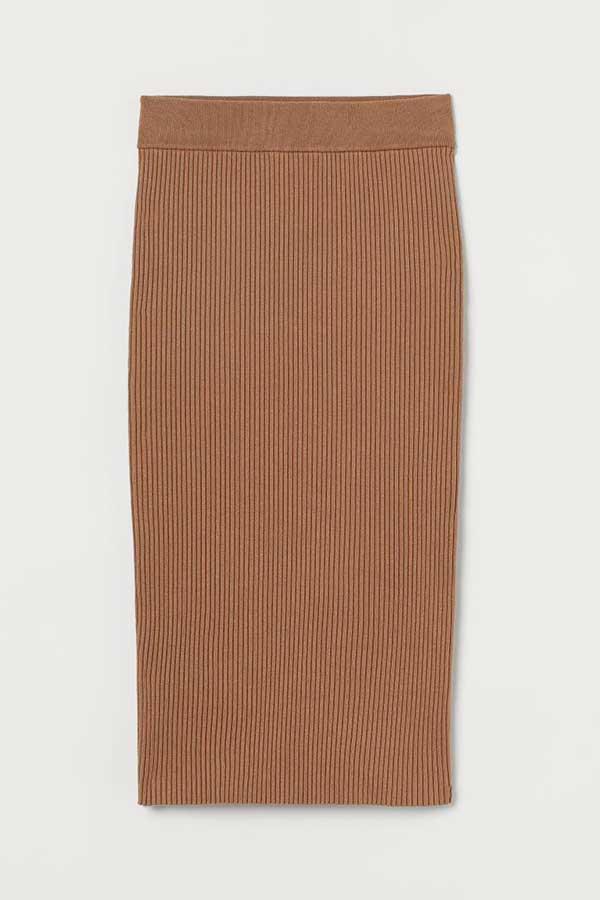 Falda en punto de canalé - H&M (19,99 euros)