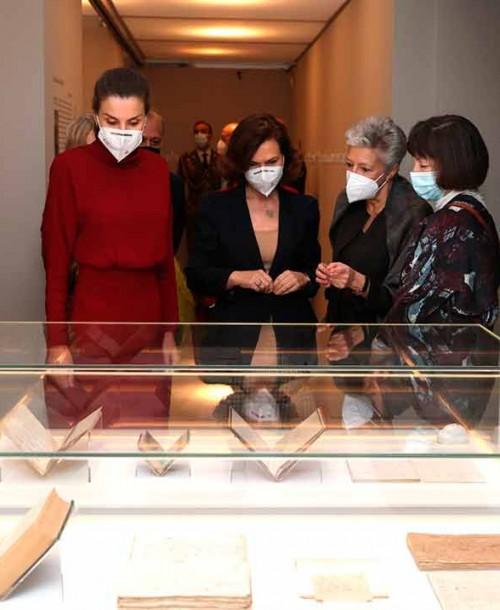 La reina Letizia estrena vestido de Massimo Dutti, en rebajas