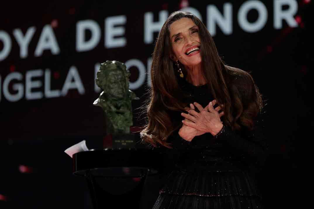Ángela Molina Goya de Honor 2021 ©Miguel Córdoba – Cortesía de la Academia de Cine