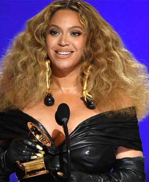 Taylor Swift y Beyoncé hacen historia en los premios Grammy