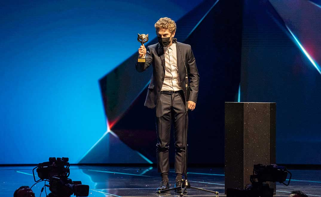 Patrick Criado - Premios Feroz 2021 @PremiosFeroz