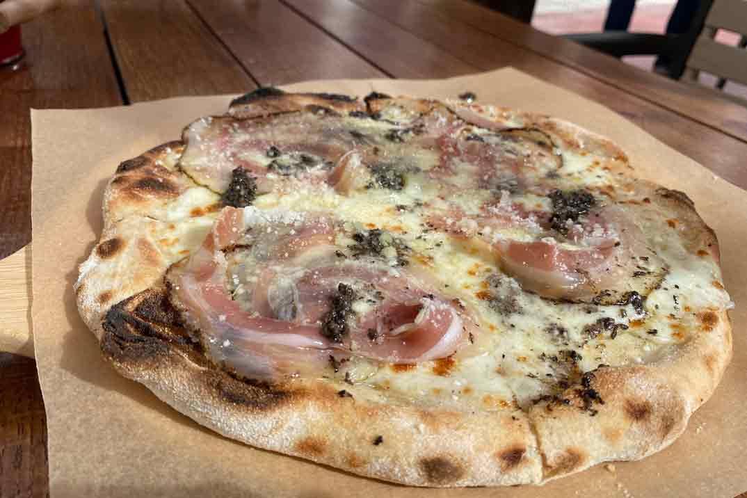 forneria-ballaro-pizza