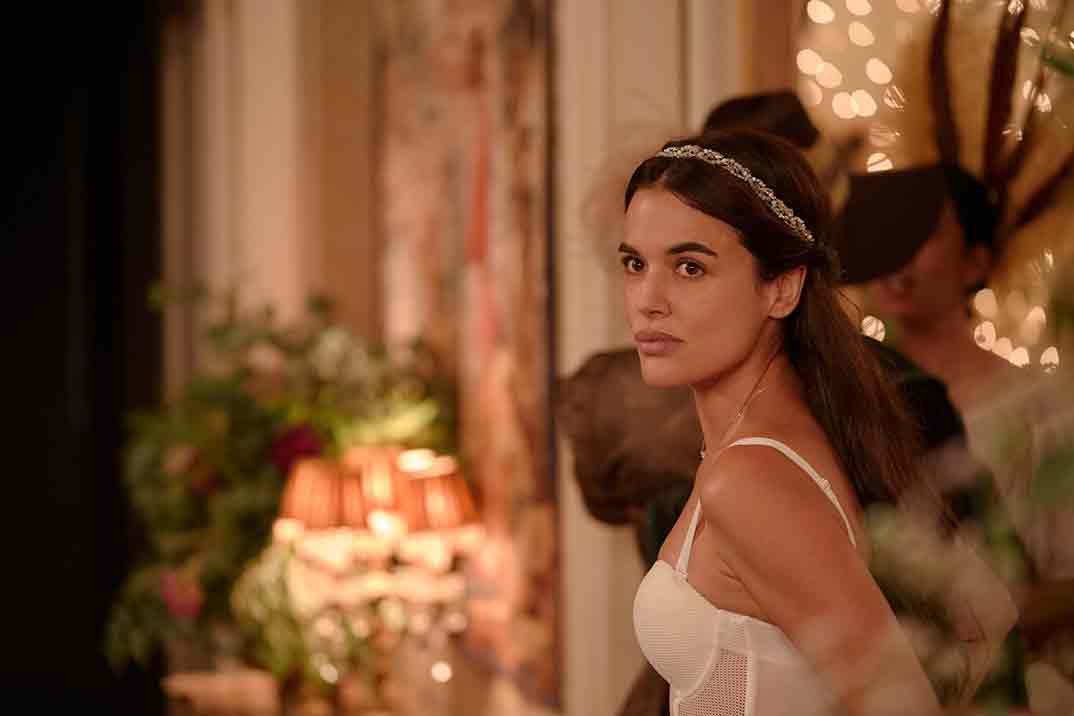 Adriana Ugarte - Parot © Amazon Prime Video