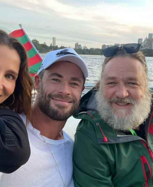 Elsa Pataky y Chris Hemsworth se divierten en el rugby con un irreconocible Russell Crowe