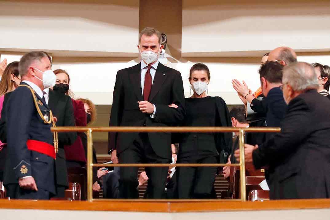 La reina Letizia de riguroso negro en el concierto en homenaje a las víctimas del terrorismo