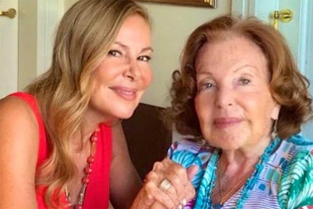 Ana Obregón homenajea a su madre por su cumpleaños