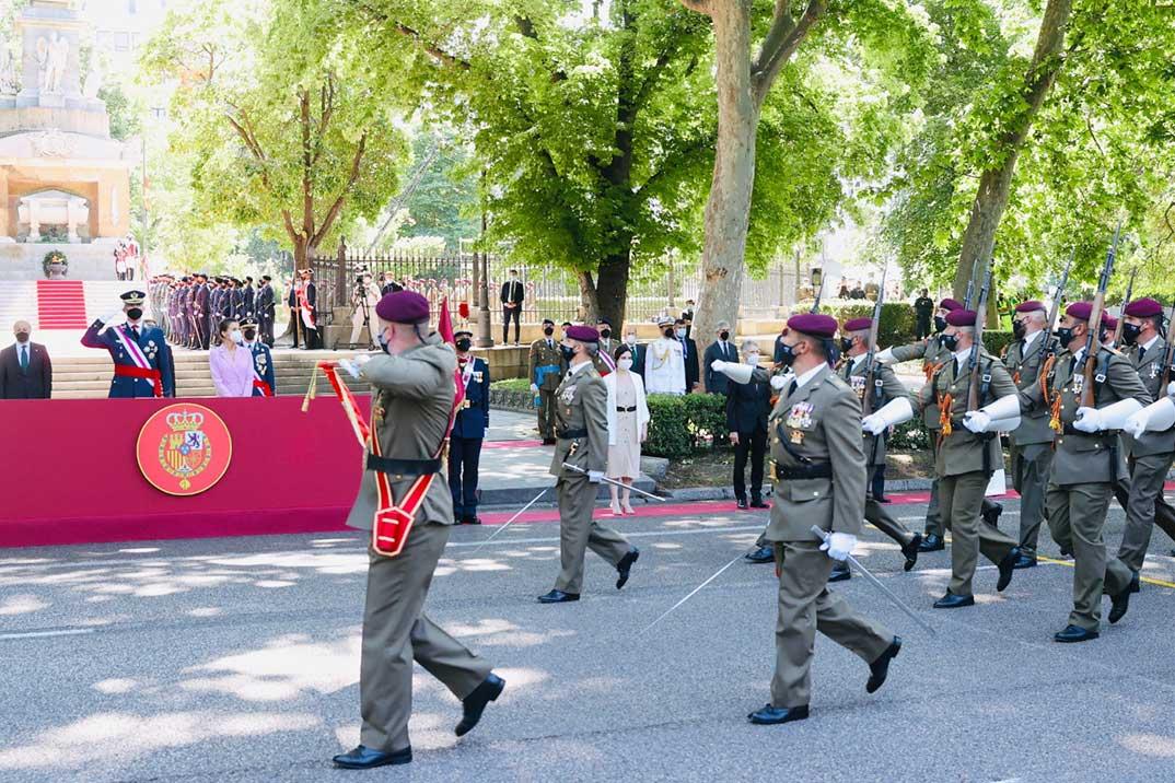 Reyes Felipe y Letizia - Día de las Fuerzas Armadas © Casa S.M. El Rey