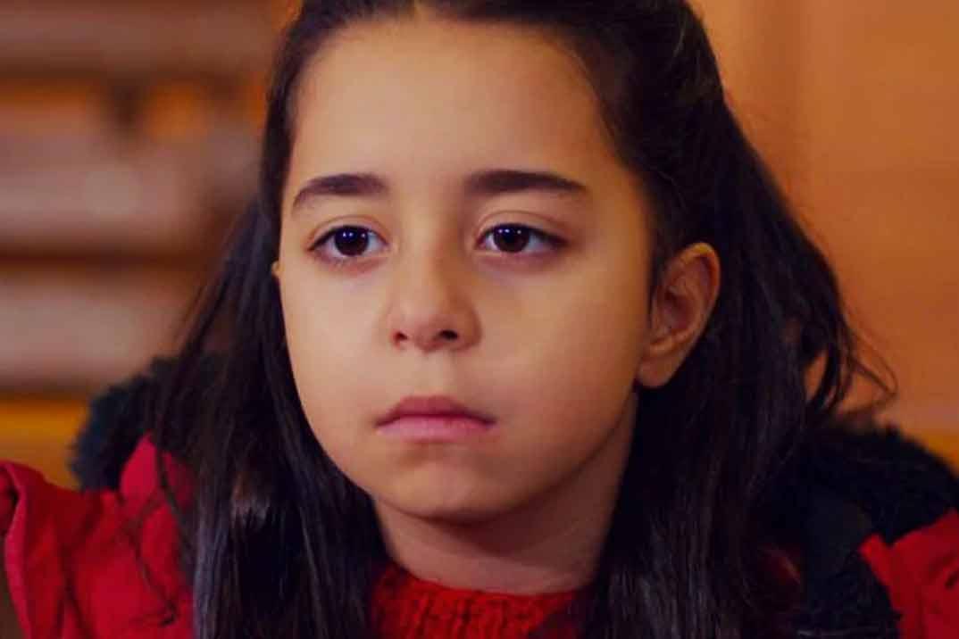 """""""Mi hija"""" Capítulo 28: La relación entre Öykü y Cemal se fortalece tras recibir el alta"""