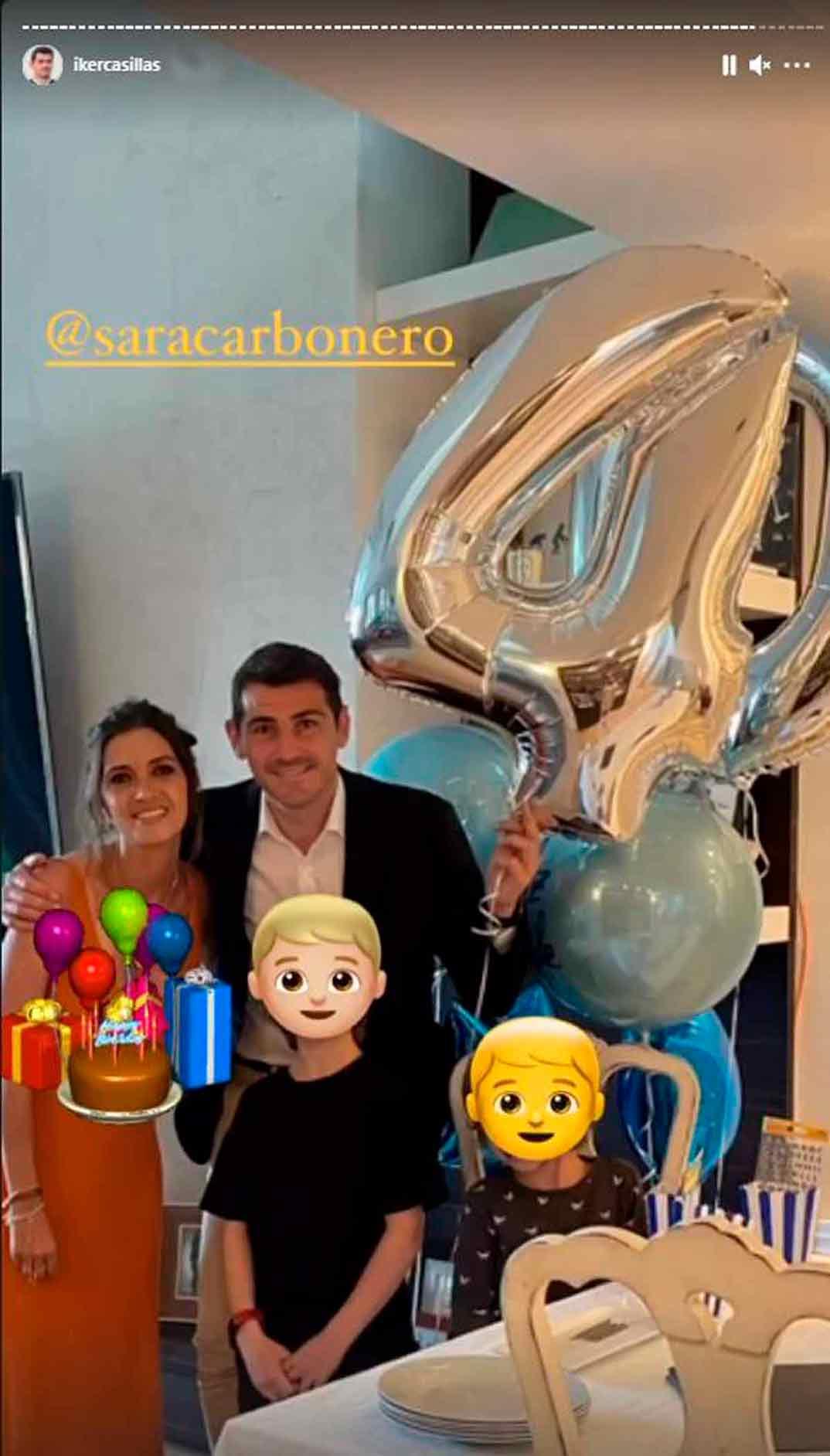 Iker Casillas y Sara Carbonero con sus hijos © Instagram