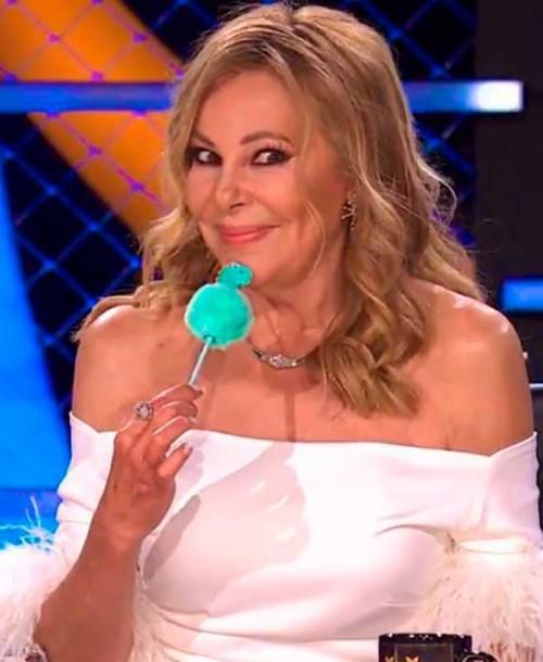 Ana Obregón vuelve a sonreír