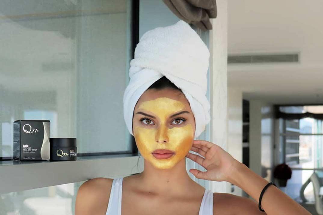 Mascarilla reafirmante Gold Peel Off de Q77+ para que tu piel brille más que nunca
