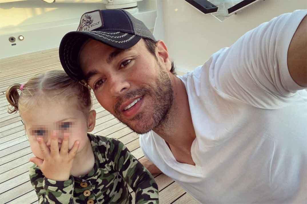 Enrique Iglesias muestra cómo ha crecido su pequeña Mary