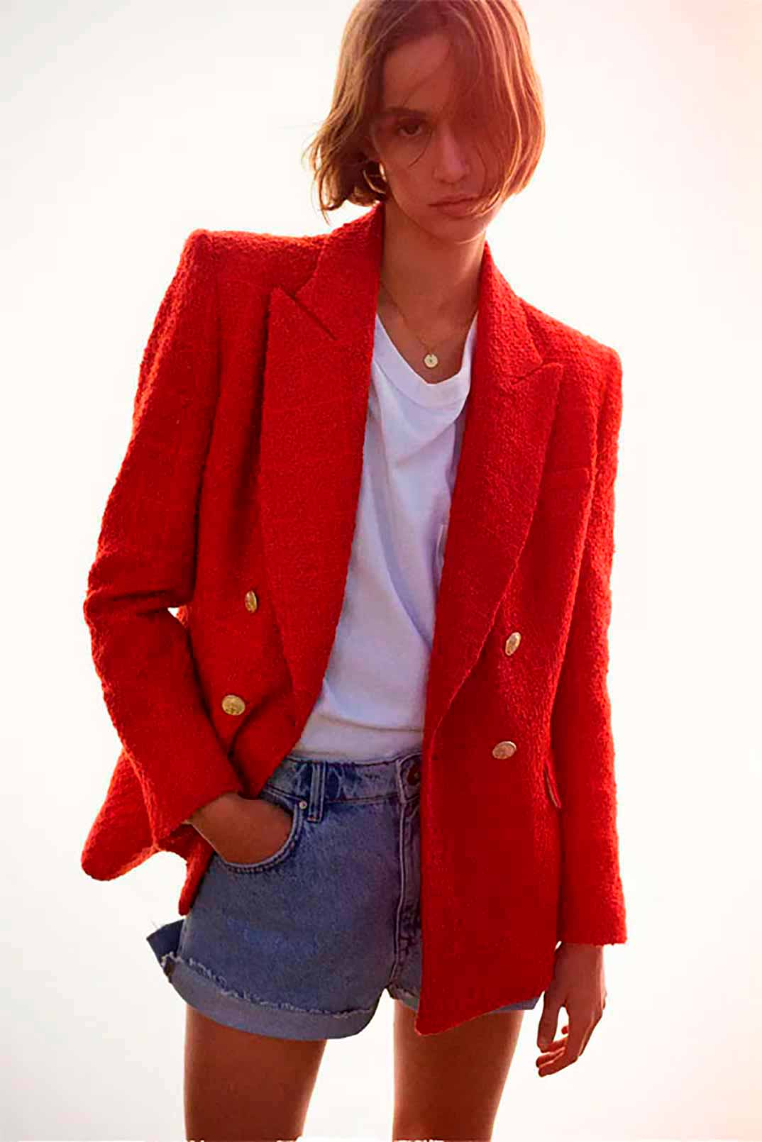 Blazer roja de Zara