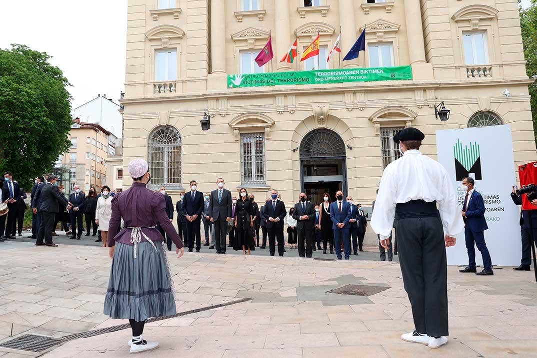 Reyes Felipe y Letizia - Inauguración del Centro Memorial de las Víctimas del Terrorismo © Casa S.M. El Rey