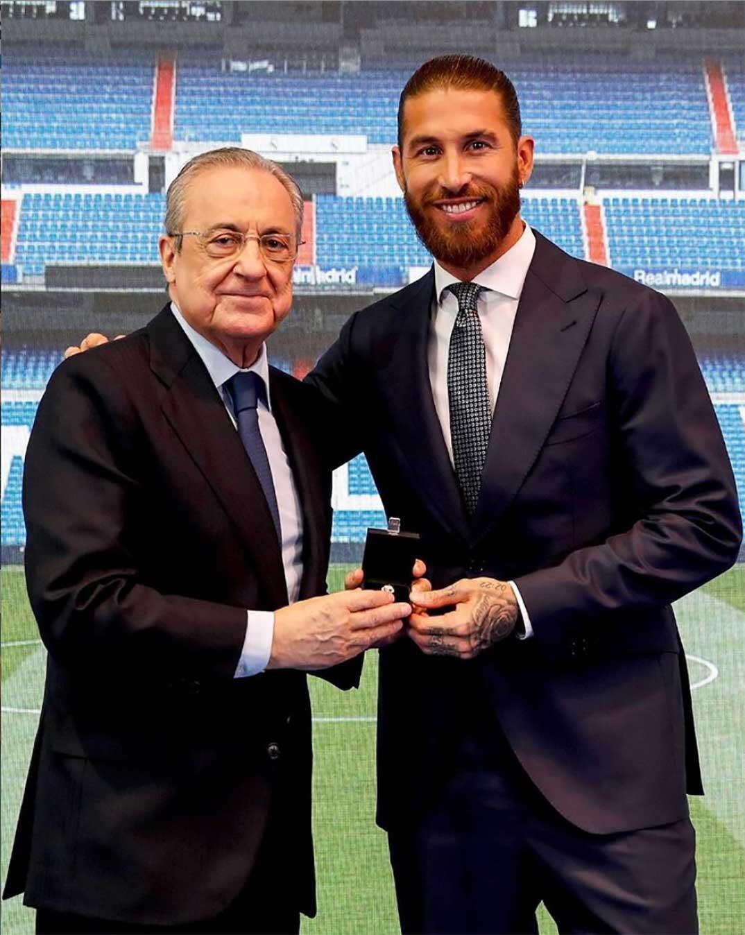 Sergio Ramos y Florentino Pérez © Redes Sociales